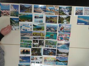 Souvenirs de vacances : cartes postales au fil de l'eau