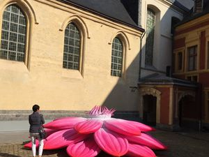 Breathing flower Choi Jeong Hwa, Installations Renaissance Lille 3000