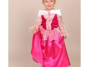 Déguisement enfant princesse, déguisement blanche neige, costume d'ange... Plein de costumes mignons pour les filles.
