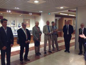 Sur la photo du centre, le président Paul ROUX, le père MAESTRAGGI, Madame Sophie DOSTERT, le père Philippe RAST (Cliquer sur l'image pour l'agrandir, sur le bord droite ou gauche pour faire défiler).
