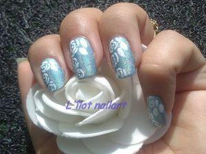 nail art holographique