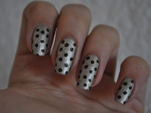 [Nailstorming] Quand le stamping fais son pois