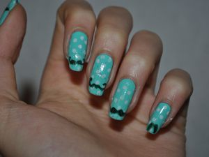 [Nailstorming] Moustache nail