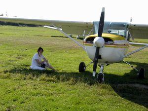 Un de mes derniers vols avec l'AC de Fréjus au départ de Cannes-Mandelieu: retour au terrain, le long de l'Esterelle vers le point SW, (Fev. 2003, Cessna 152 F-GCND) / Le Cessna 150 F-BRXU sur lequel j'ai terminémon PPL à l'AC J. Bertin de Chavenay / Balade à Deauville avec le F-BSIX (sur lequel j'ai passé mon test PPL) en Juillet 2006