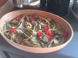 Mes 1ère cuissons : assortiment de légumes de saison (fanes de radis-blettes-poivrons-patates), gâtô choco-bananes, lentilles corail-boulghour-poireaux