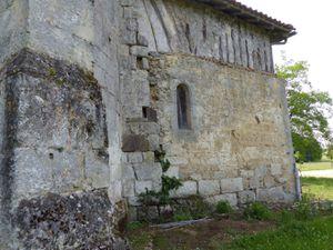 Saint-Jean-Baptiste d'Escalans, église fortifiée du Gabardan