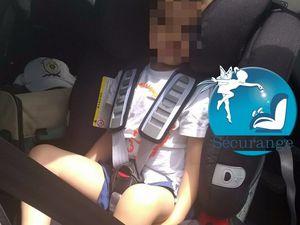 Avec Junior 3 ans (siège version Volvo) et Junior  5 ans (env. 100cm)