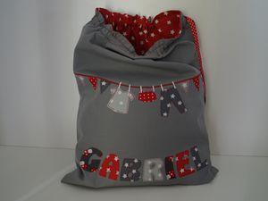 Des sacs à linge pour enfants avec ou sans bretelles