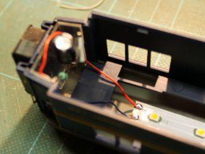 Eclairage intérieur d'une voiture Jouef CIWL longue