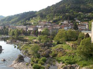 L'Eyrieux à St Sauveur de Montagut en amont et en aval