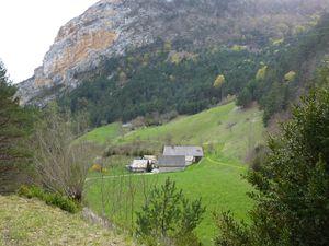 Vues sur le Moulin de Borne.