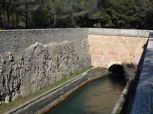La sortie du canal au grand jour après un des longs tunnels