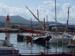 """Des bateaux au port...reconnaîtrez-vous les """"pointus"""" ?"""