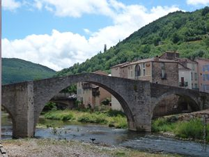 Le vieux pont médiéval