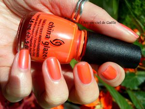 China Glaze &quot&#x3B;Flirty Tankini&quot&#x3B; + mon retour
