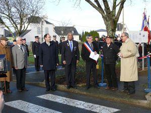 Pluvigner : inauguration du &quot&#x3B;Square du Souvenir Français&quot&#x3B;