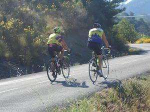 La montée du col de Lescou suivie de suite par celle de Pré-Guitar puis une très rapide descente avant d'attaquer directement la courte montée du col de la Pertie