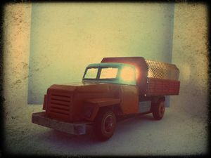 Lampe &quot&#x3B;Truck&quot&#x3B; (disponible)
