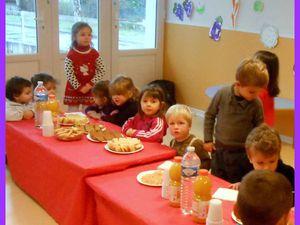 Amicale visite à la crèche de Casseneuil ( TPS et PS)