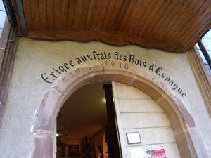 Eglise édifiée en 1616 à la demande du roi d'Espagne PHILIPPE III et a été nommée église de l'Assomption.