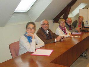 Les responsables des associations. A droite, Martine Trofleau, présidente de la FEEL.