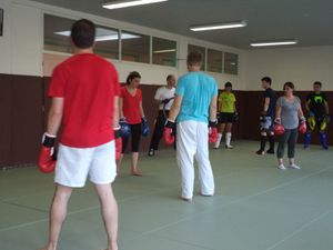 Stage d'initiation au kick boxing
