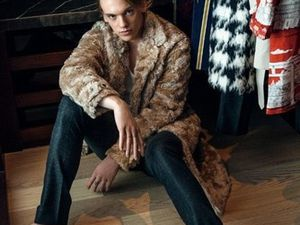 Jamie Campbell pour Bazaar Chine