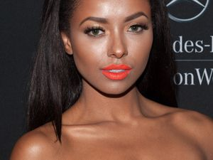 Kat Graham lors de la Mercedes-Benz Fashion Week
