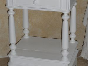 Chevet style gustavien relooké blanc