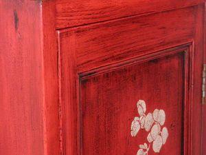 Confiturier rouge et son plateau bois