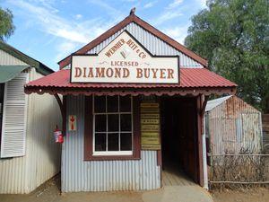A la recherche du diamant, le plus grand  trou creusé à la main, par l'homme..