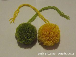 Bonnets mousse citron vert et mousse citron jaune.