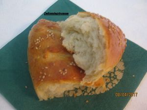 PETITS PAINS SANDWICHS AU BUTTERMILK (LBEN)...خبز السندويتش بالبن