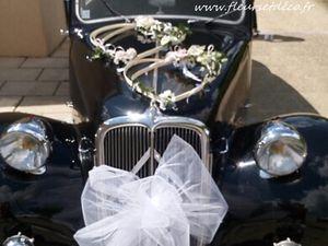 Armatures coeurs décoration mariage voiture by Fleurs et Déco