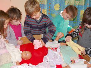 Habiller les poupées
