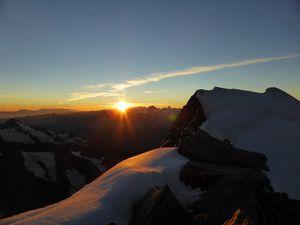 On a croisé Ueli Steck au cours de sa traversée des Grandes Jorasses, et on apparait dans son livre &quot&#x3B;Une autre vie&quot&#x3B;