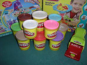 [Kids] Quand Play doh est de la partie : C'est Atelier Pâte à Modeler