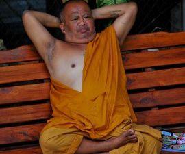 Le bouddhisme ... spiritualité, mon c... ! le vécu d'un blogueur