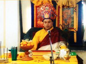 Entrée du temple, lama kenzang