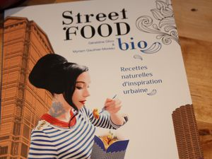 Street food bio &amp&#x3B; ses nuggets faussaires