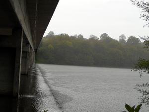 Autour du lac de Sidiailles sous la pluie