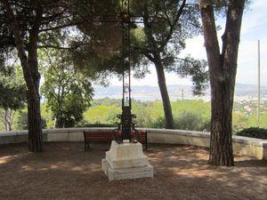 Point de vue, phare, sémaphore et deuxième chapelle de la Garoupe.