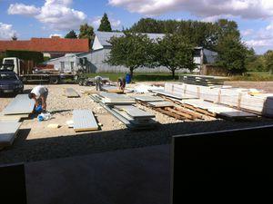 AUTO-CONSTRUCTION EN KIT - LABO DE 120M² PANNEAU SANDWICH