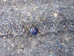 Une douce parenthèse : retour sur le tricot de la dame en bleu
