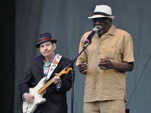 RONNIE EARL-BIG CHIEF CLEARWATER