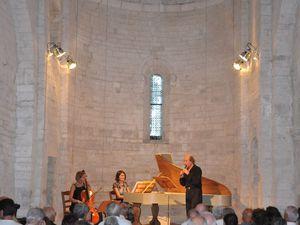 Les Folies de Christian Mendoze et Musica Antiqua à St Julien le 20 aout