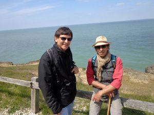 On se lance dans le tour de l'Île, 10 km à pied...