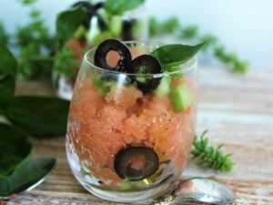 Granité Salé, Tomate &amp&#x3B; Rhubarbe