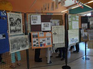 L'exposition présentée par élèves et professeurs