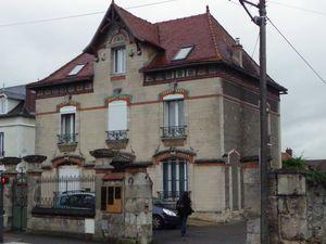Maison médicale et l'ancienne maison des spécialiste de Crépy en Valois